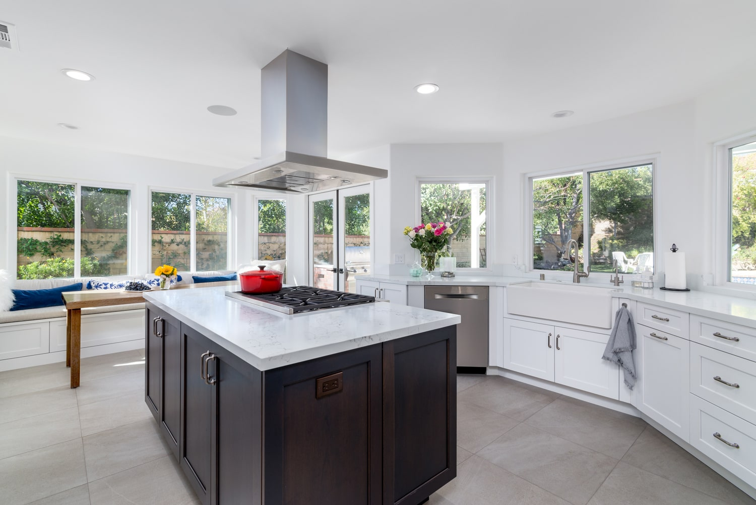 Oak Park Kitchen Remodel Incorporates Trending Design Features